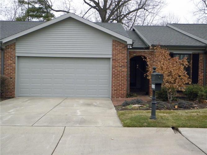 8539 Quail Hollow Road Indianapolis IN 46260 | MLS 21687141 | photo 1