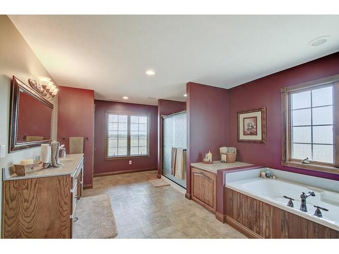 671 Capricorn Drive Franklin, IN 46131 | MLS 21687170 | photo 21