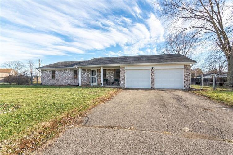 1239 S Old State Road 67  Martinsville, IN 46151 | MLS 21687234