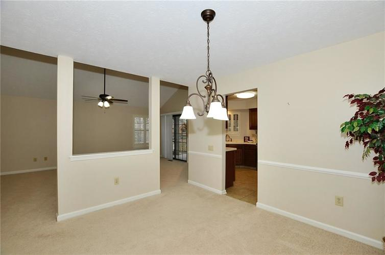 7926 Wickfield Court Indianapolis, IN 46256   MLS 21687236   photo 3