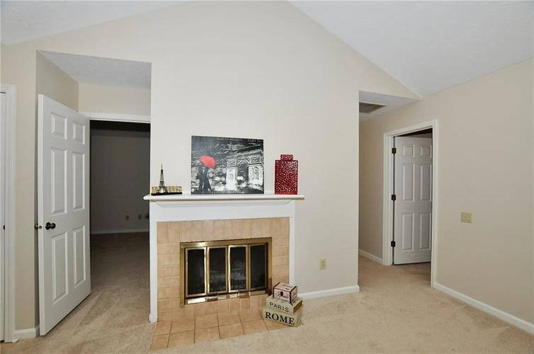 7926 Wickfield Court Indianapolis, IN 46256   MLS 21687236   photo 8