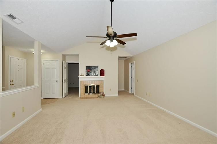 7926 Wickfield Court Indianapolis, IN 46256   MLS 21687236   photo 9