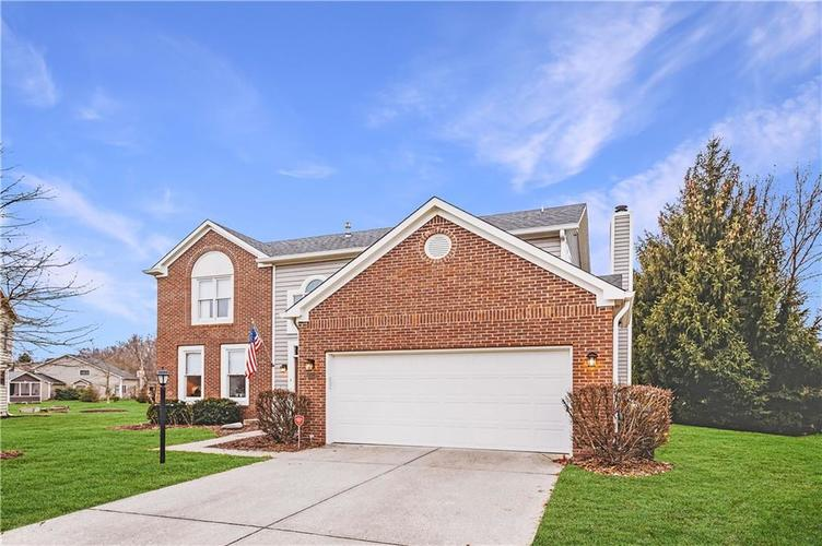 10325 BLUE FIN Drive Indianapolis, IN 46256   MLS 21687249   photo 2