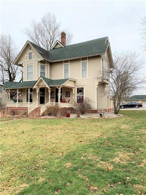 707 S Water Street Crawfordsville, IN 47933 | MLS 21687284