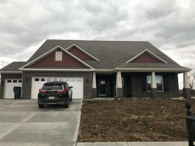 3593 Lynhaven Circle Bargersville IN 46106 | MLS 21687291 | photo 1