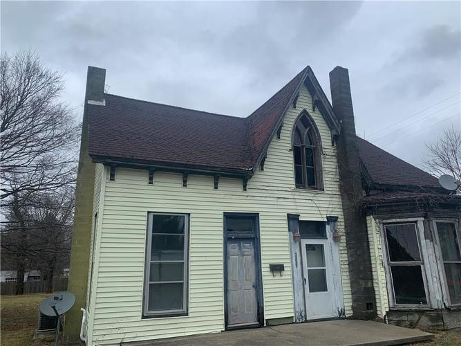 209 E Bow Street Thorntown, IN 46071   MLS 21687292   photo 1