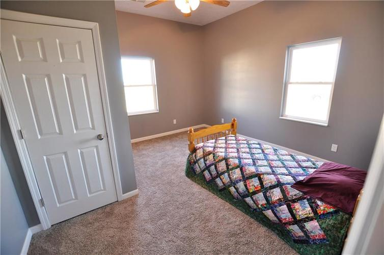5002 W Old ST RD 46 Greensburg IN 47240 | MLS 21687353 | photo 18