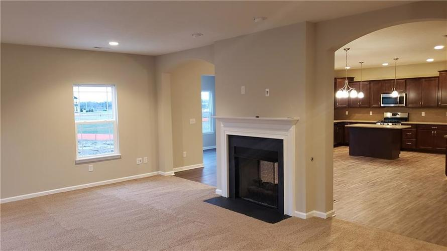 7203 Silverwood Court Indianapolis, IN 46259   MLS 21687411   photo 8