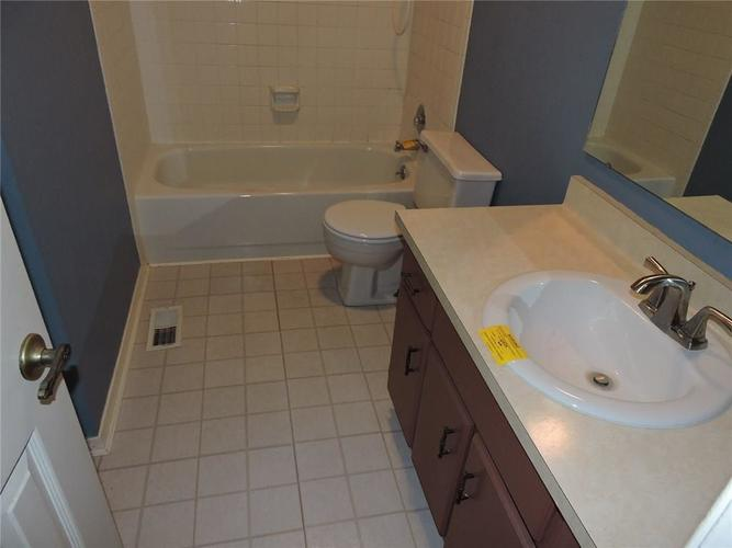 8016 Sunfield Court Indianapolis, IN 46214 | MLS 21687434 | photo 20