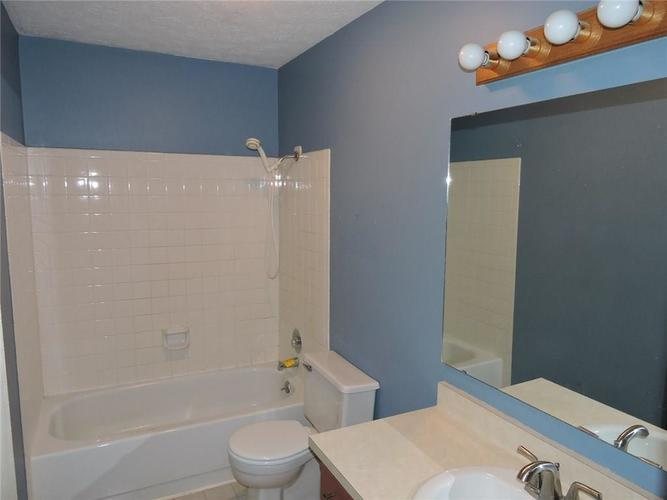 8016 Sunfield Court Indianapolis, IN 46214 | MLS 21687434 | photo 21