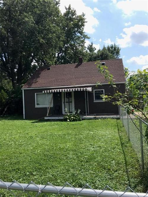 1831 E Troy Avenue Indianapolis IN 46203 | MLS 21687435 | photo 1