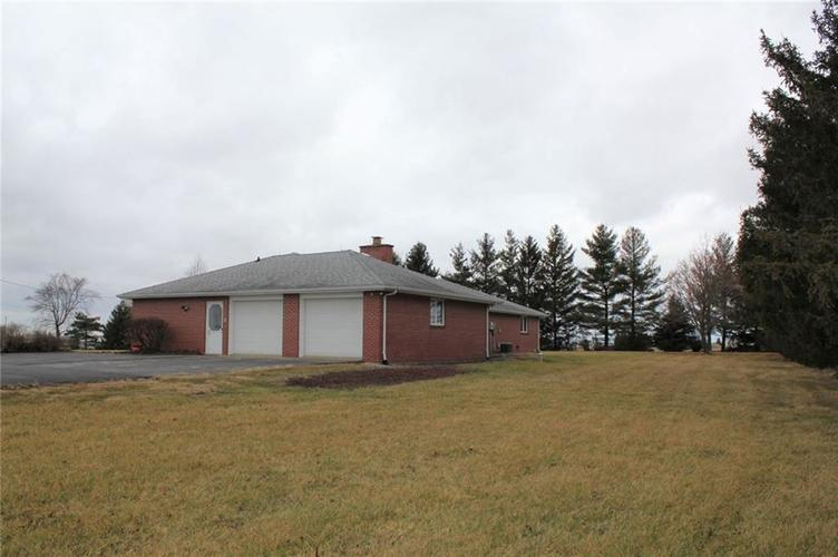 4386 W 1725 N Elwood, IN 46036 | MLS 21687466 | photo 25