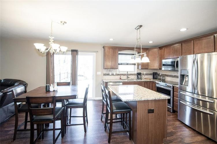 8015 Hyland Meadows Drive Knightstown, IN 46148 | MLS 21687474 | photo 11