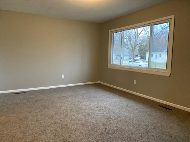 3 Zion Court Indianapolis, IN 46222 | MLS 21687521 | photo 5