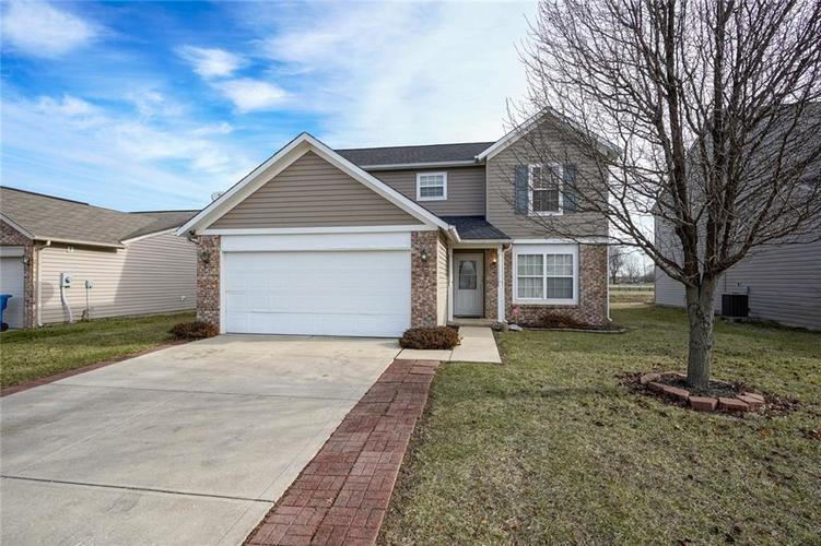 2723 ROTHE Lane Indianapolis IN 46229   MLS 21687606   photo 1