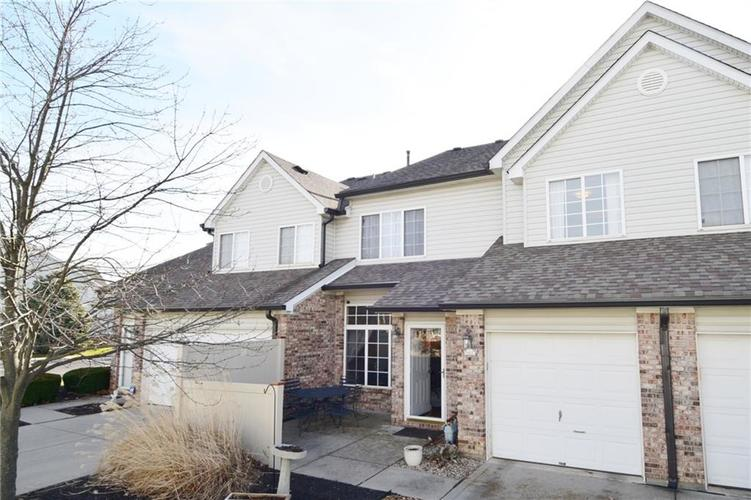 9441 Avon Strand #B Avon, IN 46123 | MLS 21687630 | photo 1