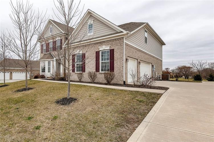 4371 Hickory Stick Row Greenwood, IN 46143 | MLS 21687653 | photo 6