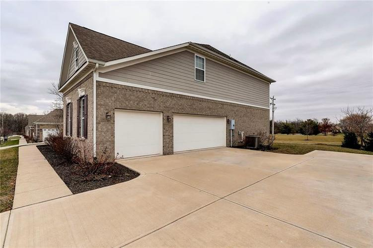 4371 Hickory Stick Row Greenwood, IN 46143 | MLS 21687653 | photo 7