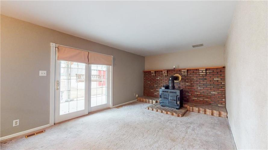 834 Front Royal Drive Indianapolis, IN 46227 | MLS 21687655 | photo 14