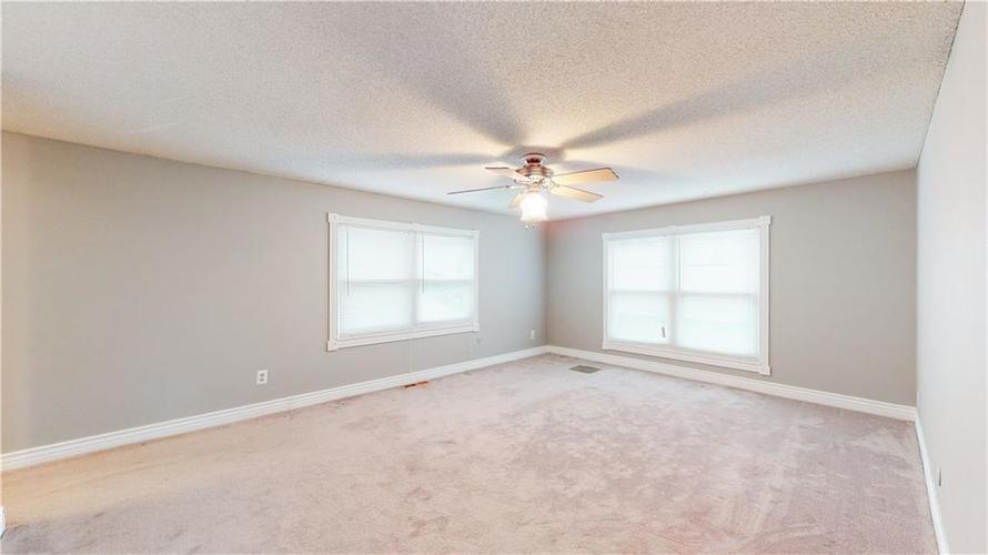 834 Front Royal Drive Indianapolis, IN 46227 | MLS 21687655 | photo 15