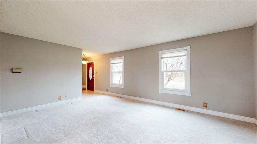 834 Front Royal Drive Indianapolis, IN 46227 | MLS 21687655 | photo 7