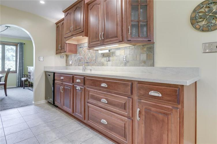 5137 Marble Court Indianapolis, IN 46237 | MLS 21687733 | photo 17