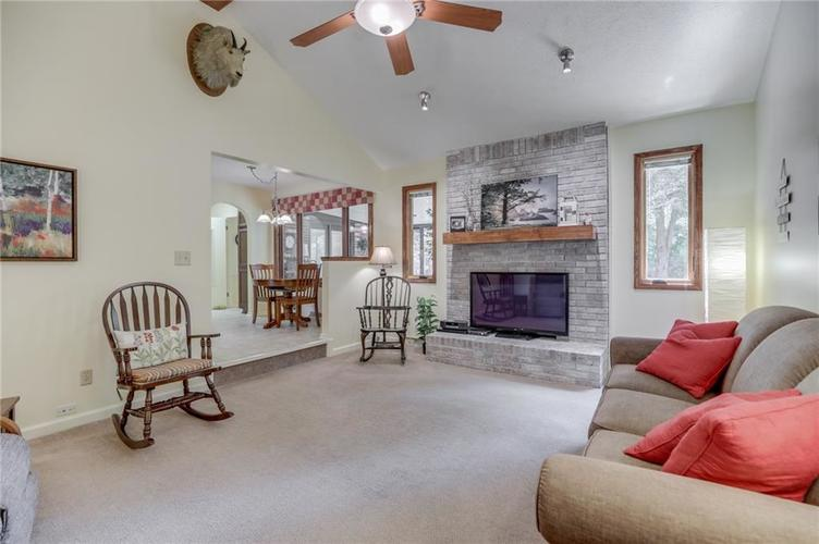 5137 Marble Court Indianapolis, IN 46237 | MLS 21687733 | photo 2
