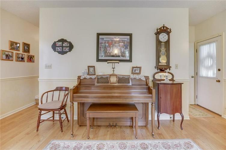 5137 Marble Court Indianapolis, IN 46237 | MLS 21687733 | photo 24
