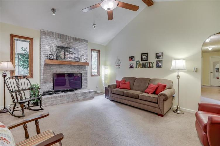 5137 Marble Court Indianapolis, IN 46237 | MLS 21687733 | photo 3