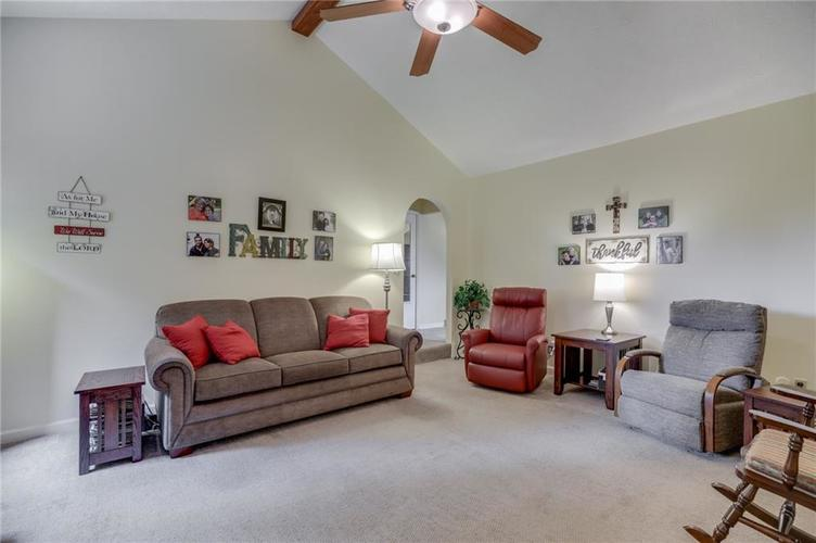 5137 Marble Court Indianapolis, IN 46237 | MLS 21687733 | photo 4