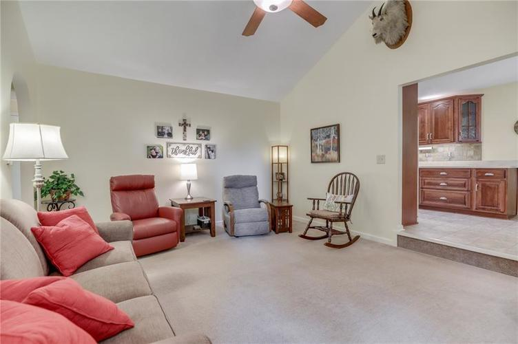 5137 Marble Court Indianapolis, IN 46237 | MLS 21687733 | photo 5