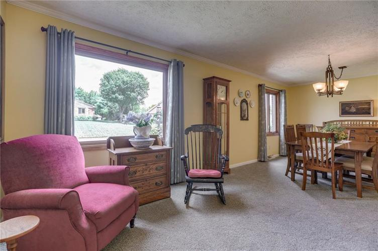 5137 Marble Court Indianapolis, IN 46237 | MLS 21687733 | photo 7