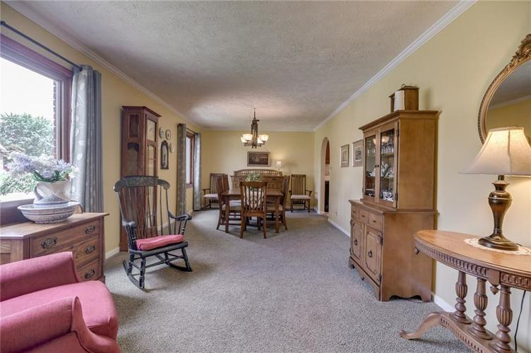 5137 Marble Court Indianapolis, IN 46237 | MLS 21687733 | photo 8