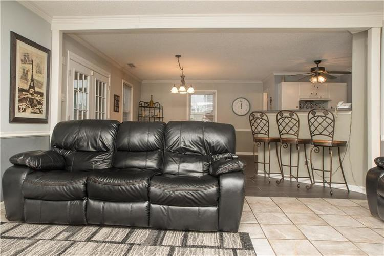 9155 Middlebury Way Camby, IN 46113 | MLS 21687809 | photo 10