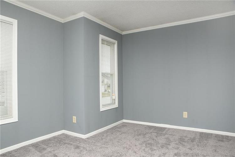 9155 Middlebury Way Camby, IN 46113 | MLS 21687809 | photo 23