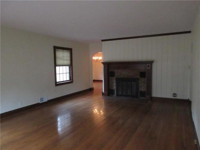 1010 Greenway Drive Anderson, IN 46011   MLS 21687888   photo 12