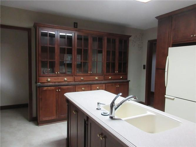 1010 Greenway Drive Anderson, IN 46011   MLS 21687888   photo 17