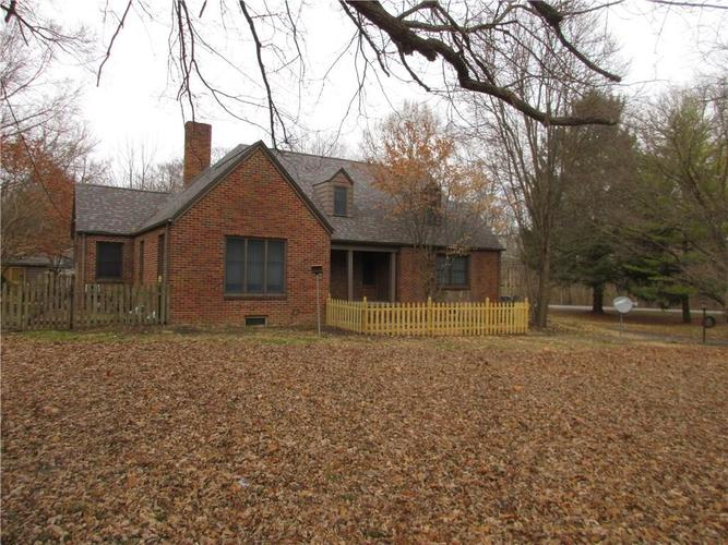 1010 Greenway Drive Anderson, IN 46011   MLS 21687888   photo 2