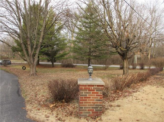 1010 Greenway Drive Anderson, IN 46011   MLS 21687888   photo 7