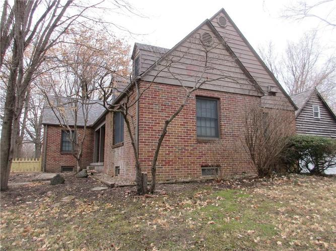 1010 Greenway Drive Anderson, IN 46011   MLS 21687888   photo 8