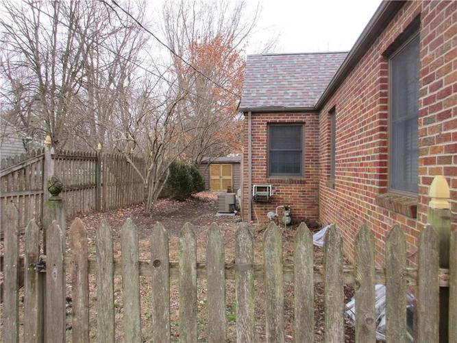 1010 Greenway Drive Anderson, IN 46011   MLS 21687888   photo 9