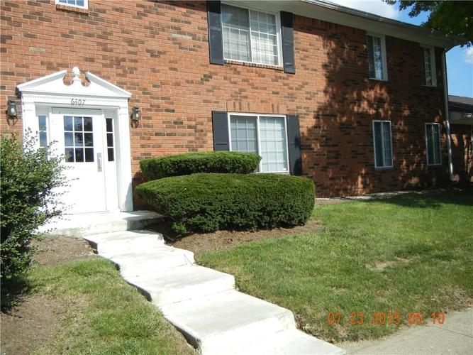 6407B Park Central Drive W #B Indianapolis, IN 46260 | MLS 21687960 | photo 1