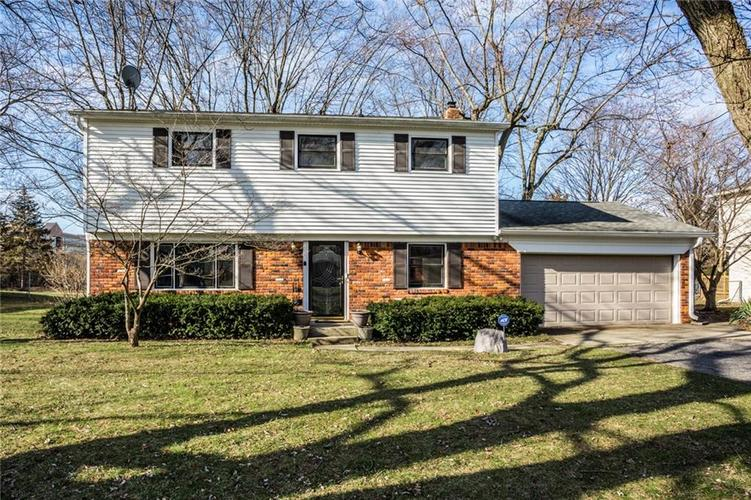 8058 N Richardt Avenue Indianapolis IN 46256 | MLS 21687971 | photo 1