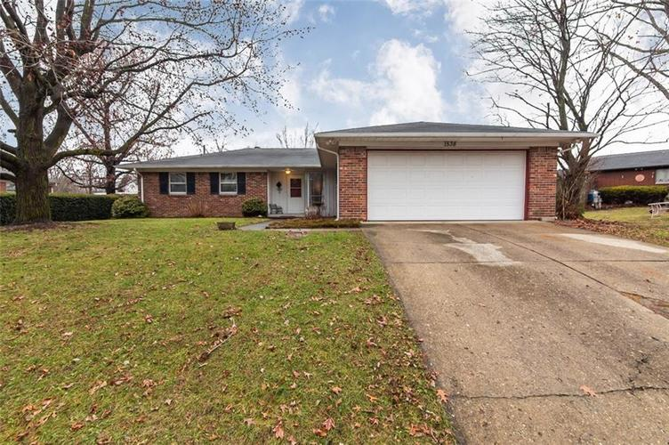 1538 N Fenwick Avenue Indianapolis, IN 46219 | MLS 21688015 | photo 1