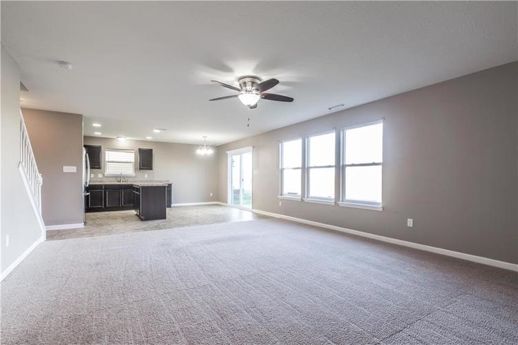8126 Fisher Bend Drive Indianapolis, IN 46239   MLS 21688037   photo 10