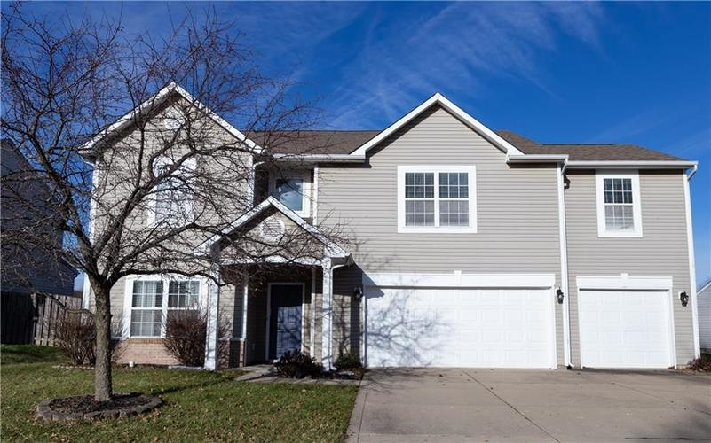 1098 Saint Charles Place Greenwood, IN 46143   MLS 21688041   photo 1