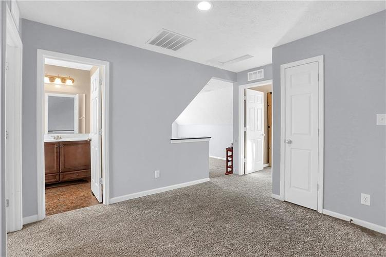3213 W 39th Street Indianapolis, IN 46228 | MLS 21688043 | photo 13