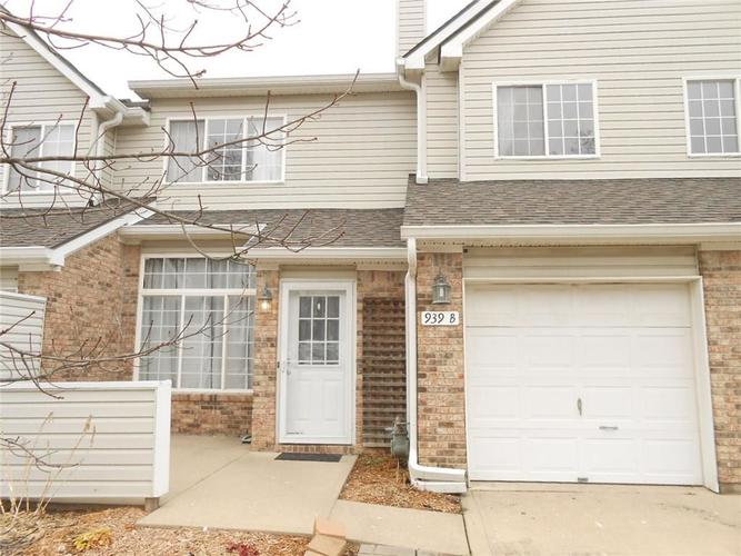 939 Prestwick Place #B Indianapolis, IN 46214 | MLS 21688084 | photo 1