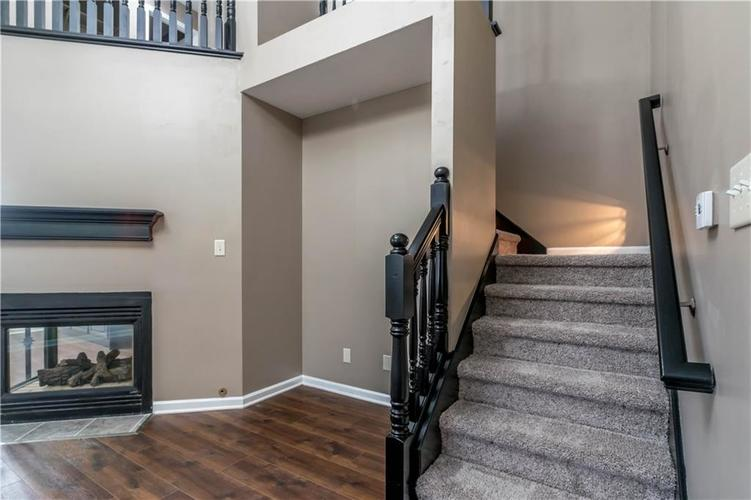 1017 Amesbury Court Indianapolis, IN 46217 | MLS 21688097 | photo 24