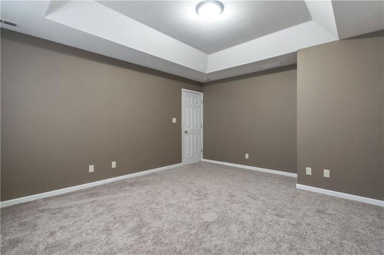 1017 Amesbury Court Indianapolis, IN 46217 | MLS 21688097 | photo 30